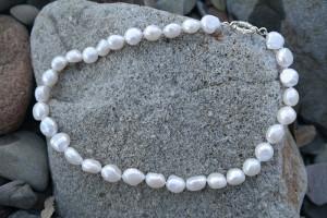 Freshwater Irregular White Pearl Necklace