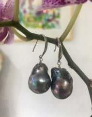 Black Baroque large Freshwater Pearl earring