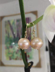 Cream freshwater Pearl Earrings