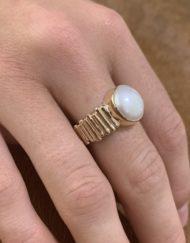 9ct Gold Pearl Log Ring